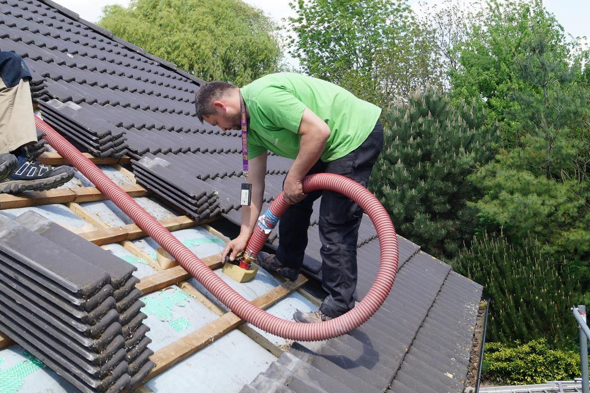 naprawa ocieplenia dachu